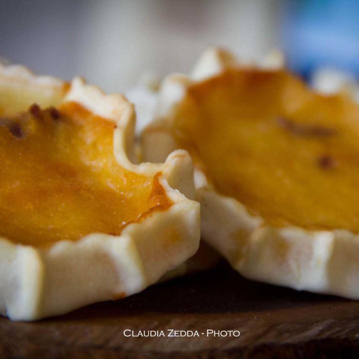 Casadinas con craberries: felice Pasca de Aprile