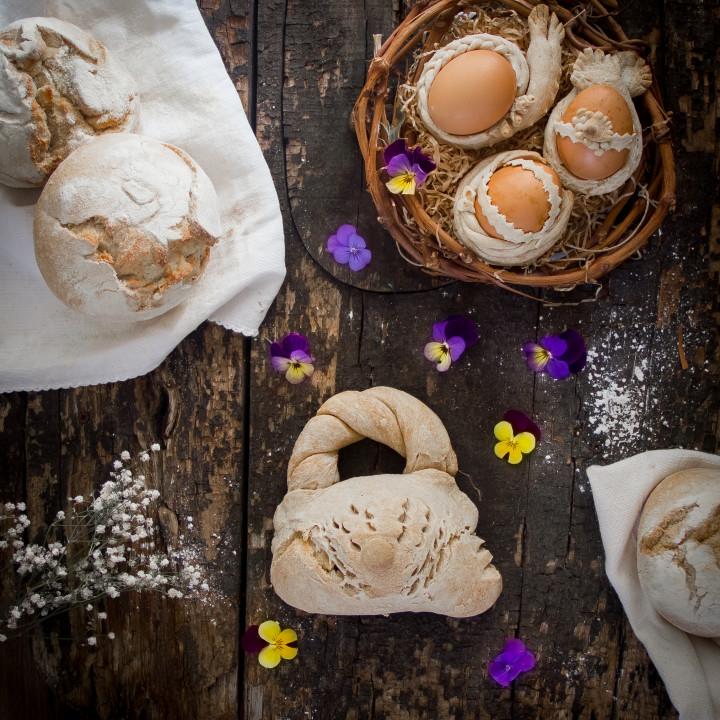 Bussiedda  chin s'ou - La borsetta con l'uovo di Pasqua